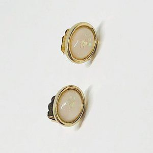 New!Vintage Holographic Crystal Stud Earrings Gold